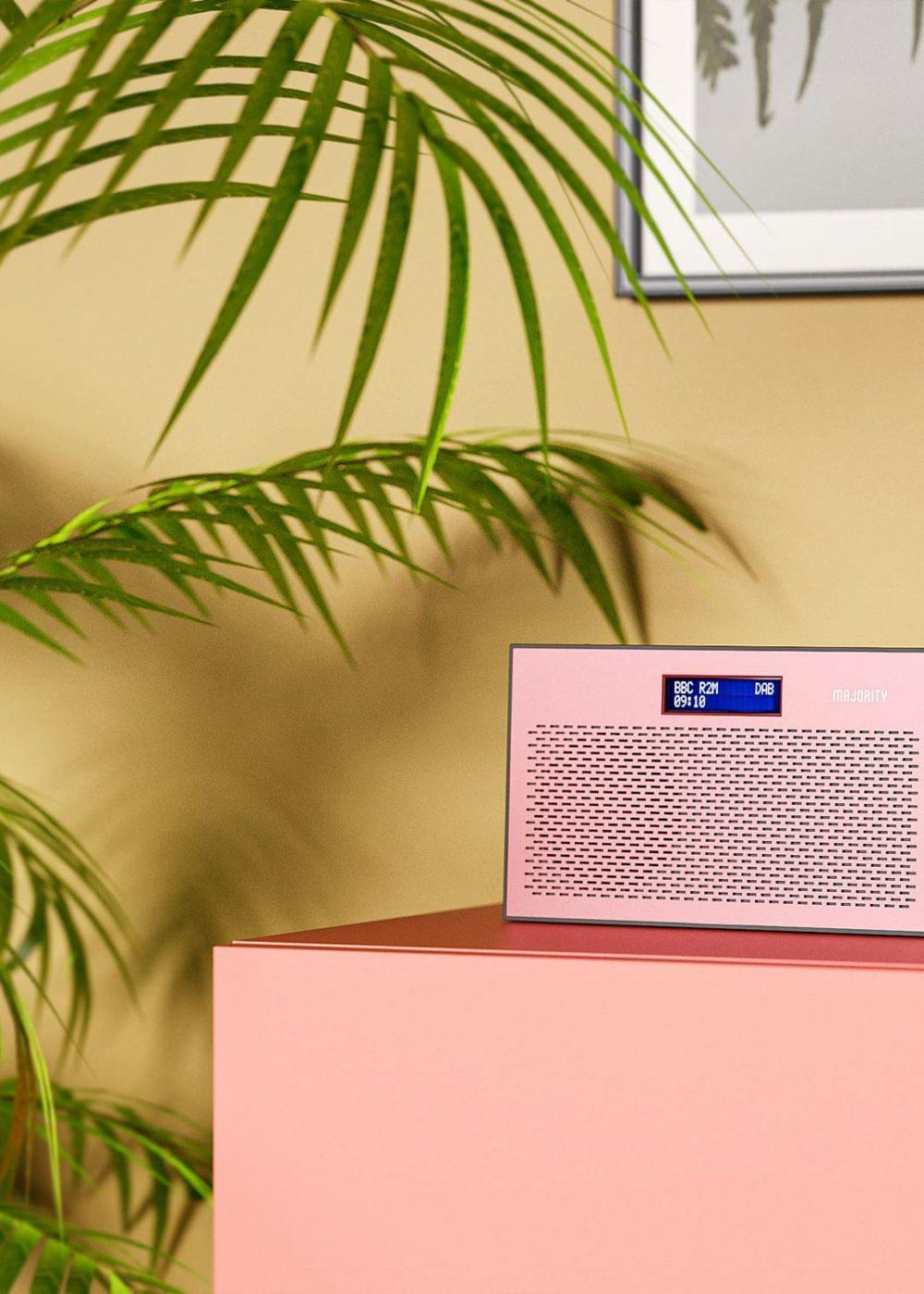 Portable Radio Histon in Rose Colour